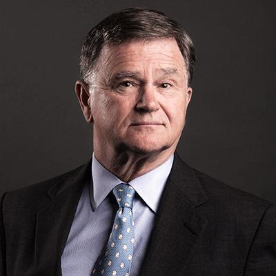 Simon Hallett